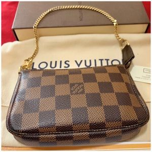 Authentic LOUIS VUITTON Damier Ebene Mini Pochette